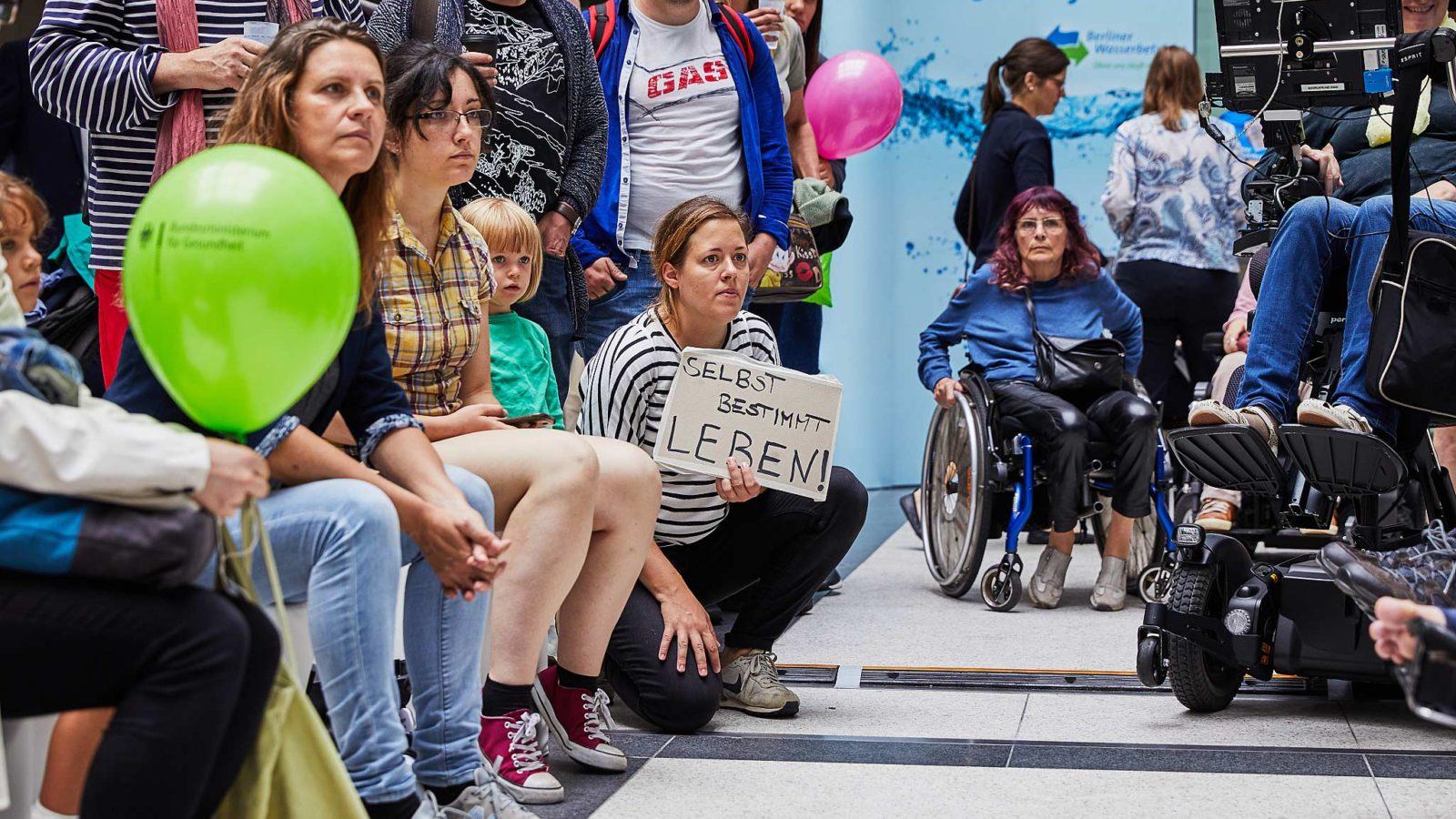 Foto einer Protestveranstaltung gegen das Spahn-Gesetz